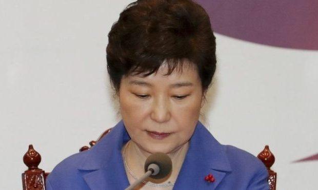 Прокуратура висунула звинувачення укорупції колишньому президенту Республіки Корея Пак Кин Хе