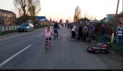 Після зіткнення мотоцикл проїхав ще понад 200 метрів без водія - подробиці трагічної ДТП на Буковині