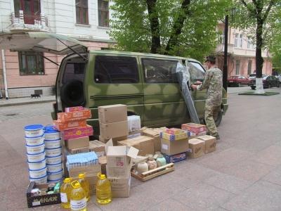 Із Чернівців на передову відправлять автівку, яку підготували волонтери(ФОТО)