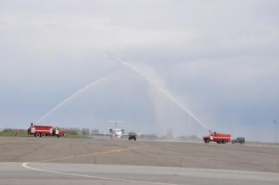 У Чернівцях урочисто відкрили другий авіарейс до Києва (ФОТО)