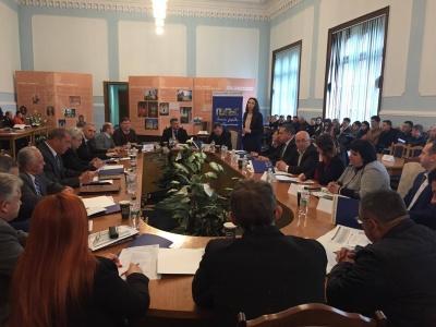 Объединенные территориальные общины Буковины ищут на работу юристов и экономистов