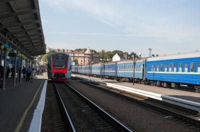 Керівник Укрзалізниці пообіцяв потяг до Румунії
