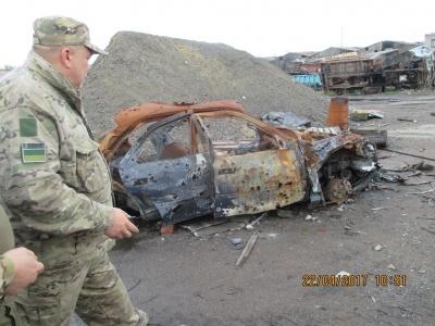 Гнетущее впечатление, одни руины. Волонтер из Черновцов рассказал о последних событиях в зоне АТО (ФОТО)