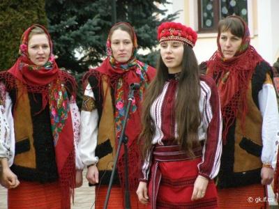 Буковинські гуцули відзначатимуть День вбрання