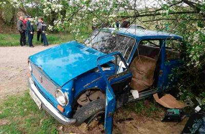 Життю пасажирів, які потрапили в аварію на Буковині, нічого не загрожує