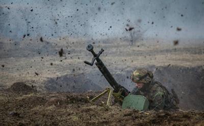 Сьогодні в зоні АТО постраждало вже 5 українських військових
