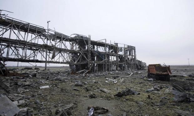 УДонецькому аеропорту поновилися бойові дії - Міноборони