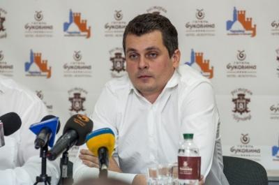 """У Чернівцях депутат Білик задекларував спільну власність із сином нардепа """"Опозиційного блоку"""""""