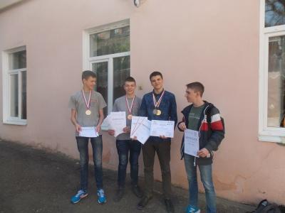 Чернівецькі школярі, що перемогли на міжнародній коференції, працюють над винаходами, які знадобляться людству