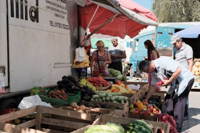 На гуртовому ринку на Зеленій у Чернівцях продукцію ніхто не перевіряє, - фахівець