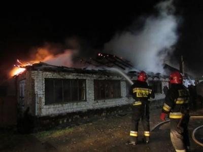 На Буковине полностью сгорел чердак здания из-за короткого замыкания