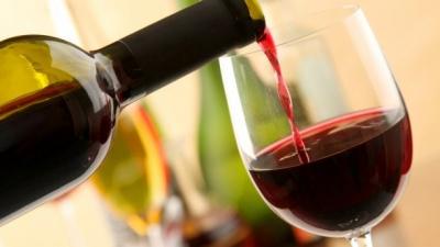 Чим небезпечне дешеве вино: коментар медика