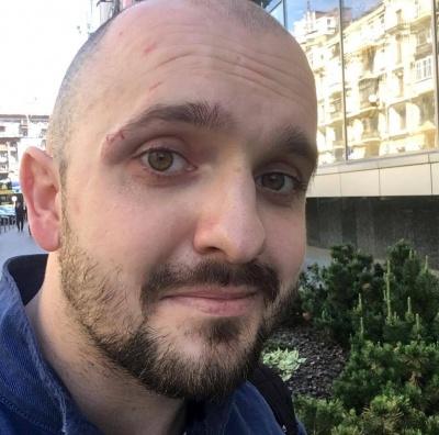 Козак Гаврилюк у Верховній Раді напав на чоловіка, який знімав його на відео