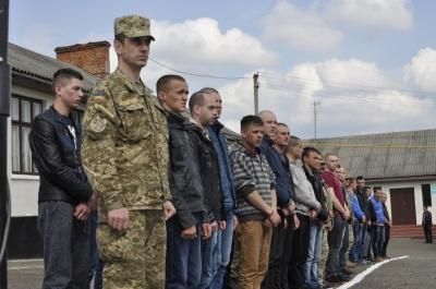 Буковина повністю виконала план з призову до війська, - військовий комісар