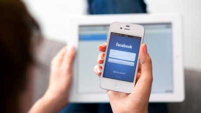 """Після заборони """"ВКонтакте"""" українці масово реєструються у Facebook: цікава статистика"""