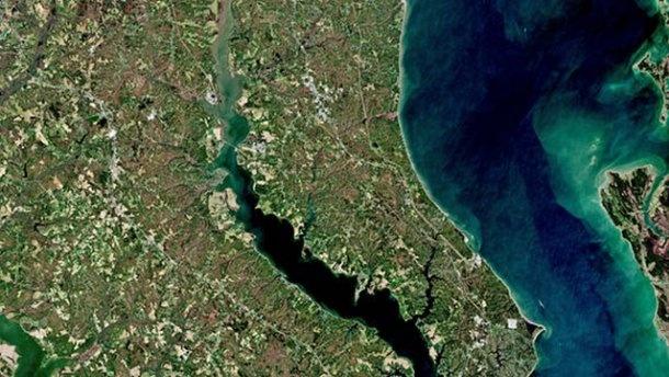 ВNASA засікли таємничі бірюзові утворення вЧорному морі