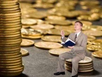 Обучение в вузах Черновцов подорожало на несколько тысяч гривен