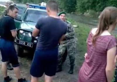 На Буковині контрабандисти намагалися відбити у прикордонників цигарки