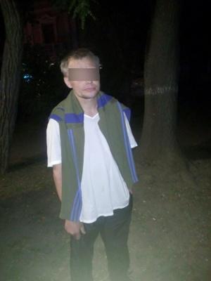 Поліція затримала чернівчанина, який у маршрутці обікрав громадянина Сирії