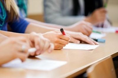 У Чернівцях участь у ЗНО з російської мови взяли тільки 10 випускників