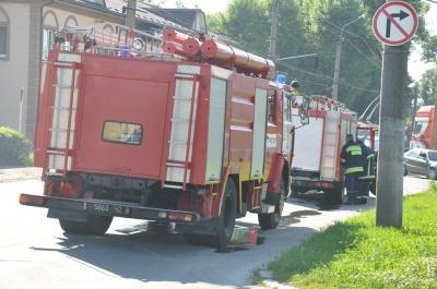 Разлив топлива у АЗС в Черновцах ликвидировали (ФОТО)
