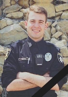 У Чернівцях у жахливій ДТП загинув 24-річний поліцейський