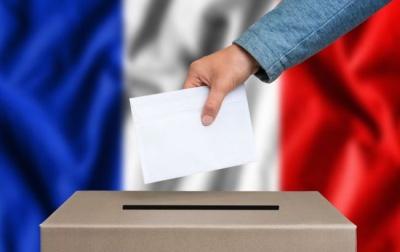 У Франції офіційно оголосили перемогу партії Макрона на парламентських виборах