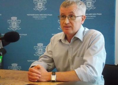 Из-за депутатов горсовета упущено время для ремонта дорог Черновцов, - Кушнирик