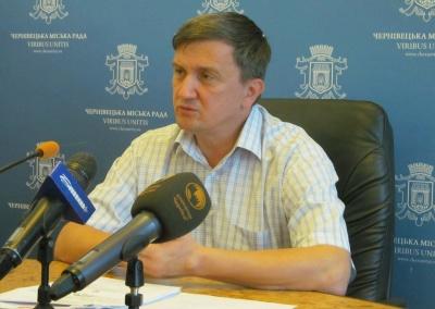 У Чернівцях головний лікар та екс-директор Калинівського ринку судилися через звільнення