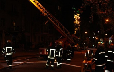 У центрі Києва горіла багатоповерхівка: одна людина загинула
