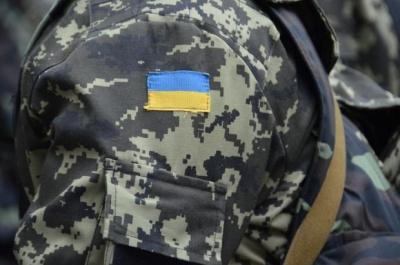 До Чернівців повернулися кілька сотень десантників - журналістів не пустили на зустріч