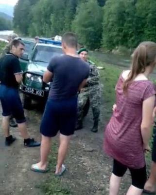 Бунт контрабандистів, повернення десантників і підготовка до Петрівки. Найголовніші новини Буковини за минулу добу