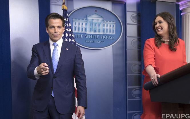 ЗМІ: Речник Білого дому подав у відставку