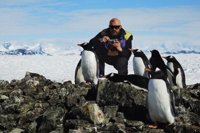 Чернівчанин досліджував озонову діру в Антарктиді