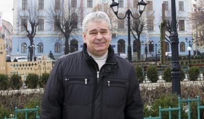 Екс-керівника управління культури Чернівців призначили директором театру ляльок