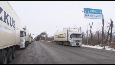 На Буковині на кордоні з Румунією у черзі стоять понад 120 вантажівок