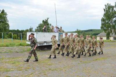 Студенти військової кафедри ЧНУ проходять навчальний збір