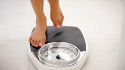Науковці назвали неочікувану причину зайвої ваги