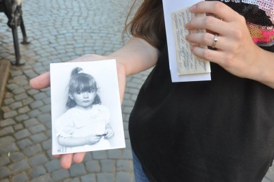 """""""Ніколи не бачив доньку"""": більше 20 людей з Буковини звернулися до передачі """"Жди меня"""""""