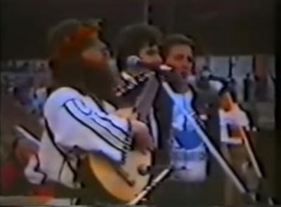 Вакарчук опублікував перше публічне виконання гімну України - це сталося у Чернівцях (ВІДЕО)