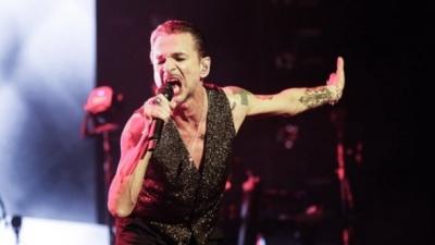 У Білорусі скасували концерт Depeche Mode: соліст гурту госпіталізований