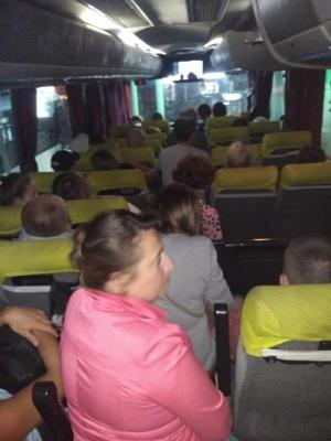 Тиснява і задуха. Пасажири скаржаться на нелюдські умови в автобусі «Одеса - Чернівці»