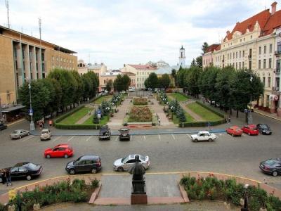 Кабмін виділив 2,6 млн грн на ремонт Театральної площі Чернівців