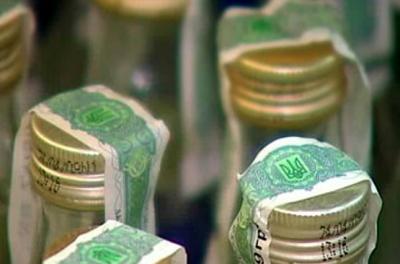 Продавців алкоголю і цигарок на Буковині оштрафували на 1,3 мільйона
