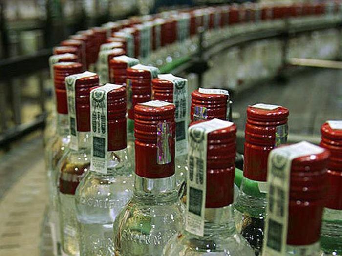 Кабмін вирішив підняти ціни наалкоголь до30%