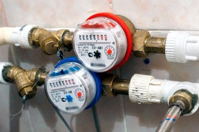 Експерт розповів, хто встановлюватиме лічильники на тепло і воду