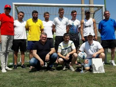 Футбольна команда з Чернівців при 45-градусній спеці здобула друге місце на турнірі в Румунії