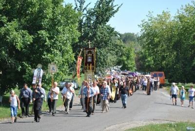 Хресний хід до чоловічого монастиря: буковинці здолають пішки 25 кілометрів