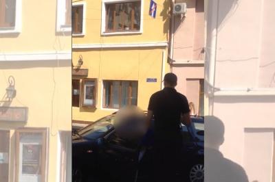 «Тебе розатестують!»: у Чернівцях водій-порушник погрожував поліцейському, який зробив йому зауваження (ВІДЕО)