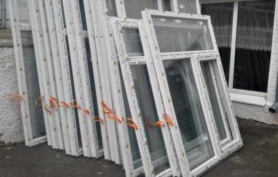 Громада на Буковині замінить вікна у школах на понад мільйон гривень